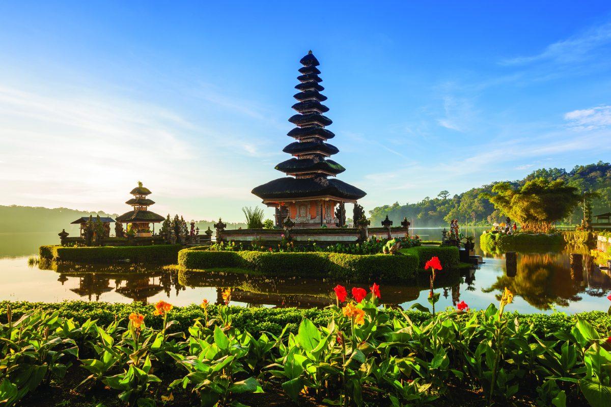 voyage-sur-mesure-à-bali-et-en-indonésie-pagode